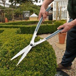 manual garden shears
