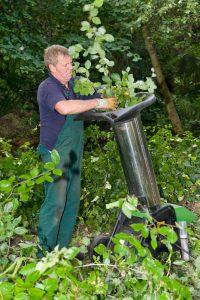 wood chipper shredder safety tips