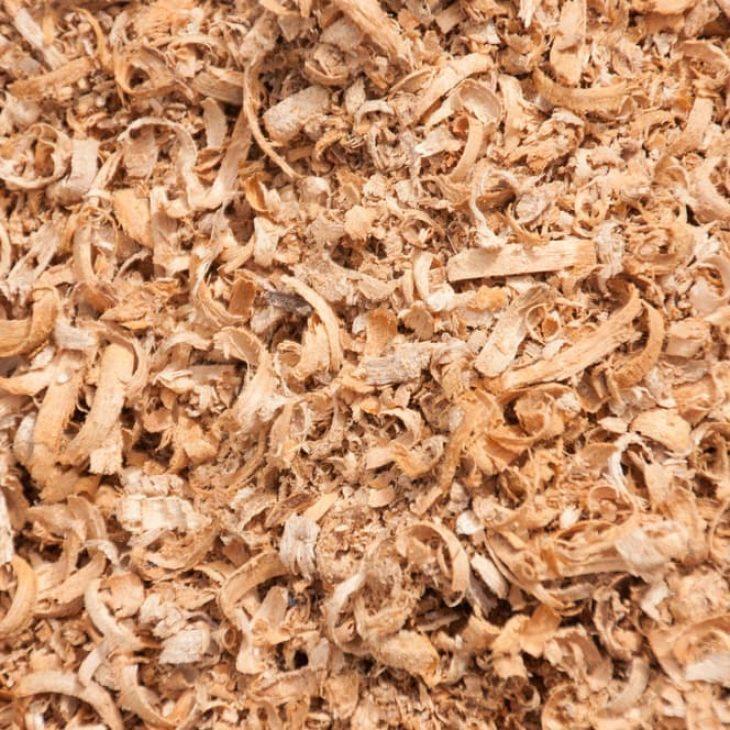 sawdust big chips