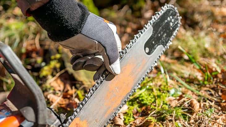best chainsaw gloves featured image