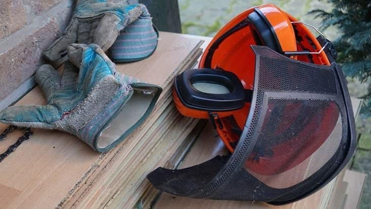 buying a chainsaw helmet