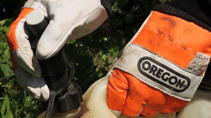 oregon chainsaw gloves