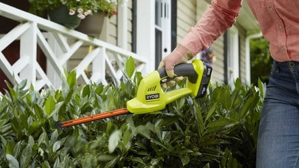 ryobi 18v one handed hedge shears
