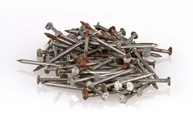 can-wood-chipper-shred-nails