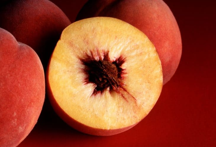 Freestone-Peach-Fruit